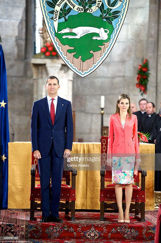 Spanish Royals Attend 'Prince de Viana' Awards 2014 in Navarra : News Photo