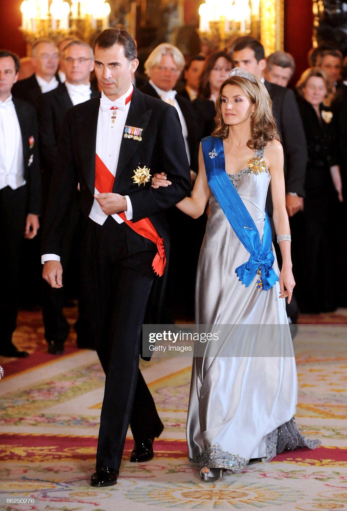 Spanish Royals Host Gala Dinner Honouring Nicolas Sarkozy & Carla Bruni : News Photo