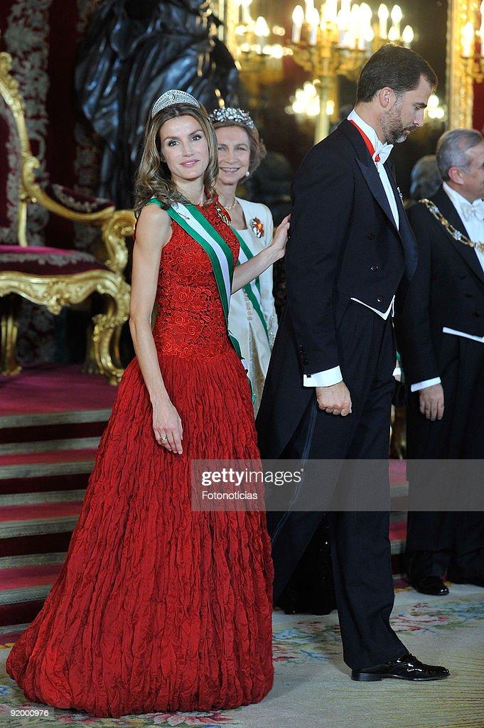 Spanish Royals Host Gala Dinner Honouring President of Libanon : News Photo
