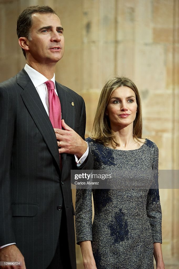 Prince Felipe of Spain and Princess Letizia of Spain attend 'Prince of Saturias awards 2011 Laureates' audience at the Reconquista Hotel on October 21, 2011 in Oviedo, Spain.