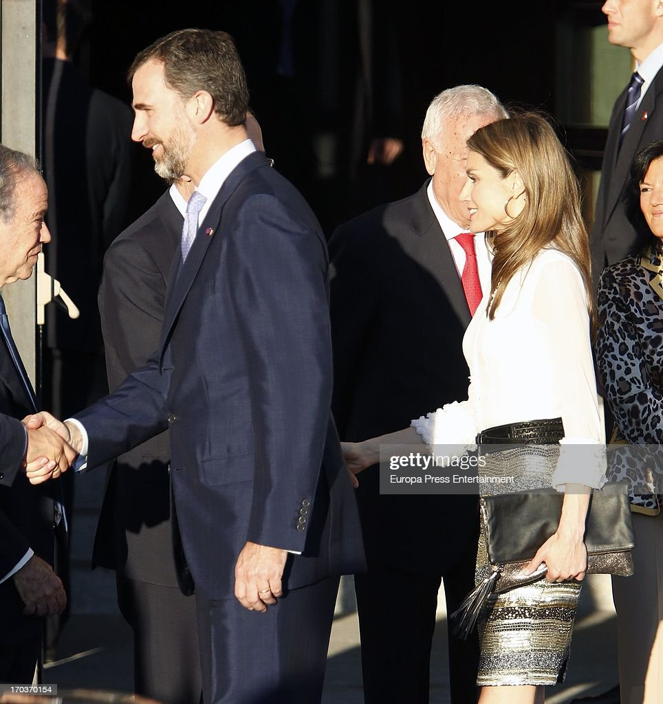 Prince Felipe of Spain and Japanese Crown Prince Naruhito Attend a Concert : News Photo