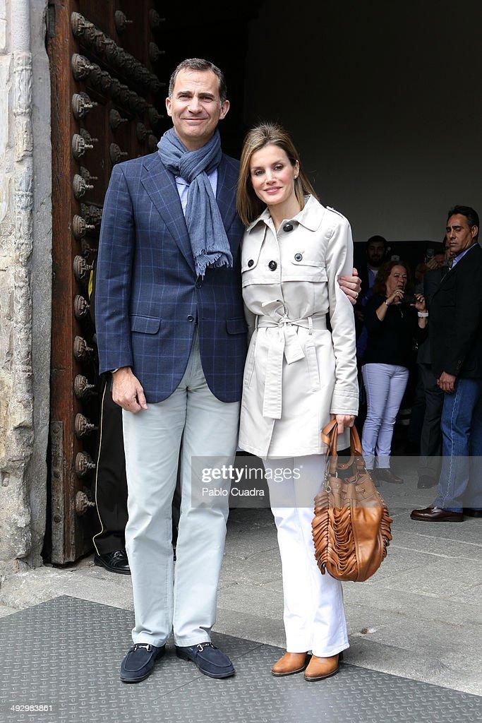 Spanish Royals celebrate Their 10th Wedding Anniversary in Toledo : News Photo