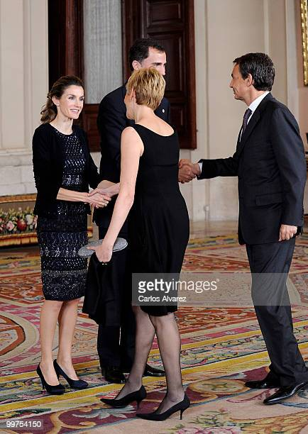 Prince Felipe of Spain and Princess Letizia of Spain receive Prime Minister of Spain Jose Luis Rodriguez Zapatero and his wife Sonsoles Espinosa...