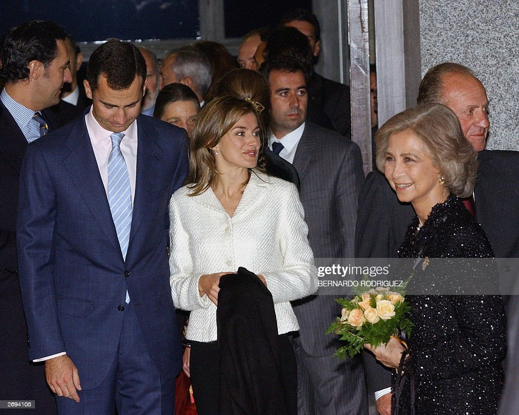 Prince Felipe of Spain (1st from L) come : News Photo