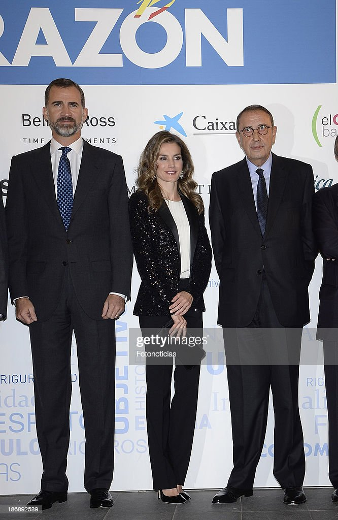 Prince Felipe of Spain, Princess Letizia of Spain and Mauricio Casals attend 'La Razon' newspaper 15th anniversary party on November 4, 2013 in Madrid, Spain.