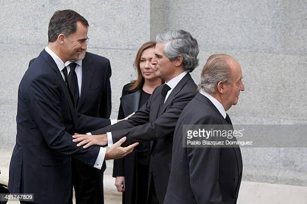 Prince Felipe of Spain Spanish Prime Minister Mariano Rajoy Elvira Fernanez Adolfo Suarez Illana and King Juan Carlos of Spain arrive to the state...
