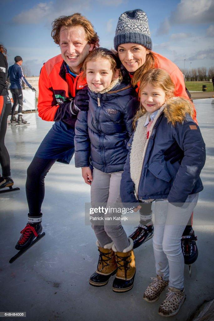 Dutch Royal Family At Hollandse 100 Fund Raising Event In Biddinghuizen : Nieuwsfoto's