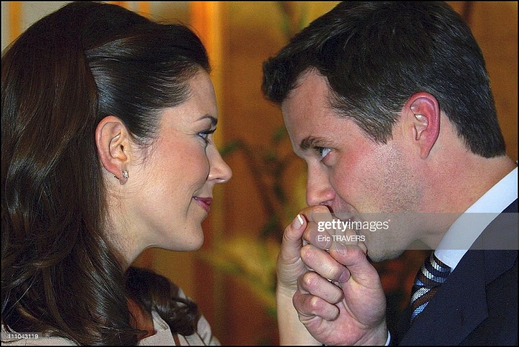 Denmark's Crown Prince And His Fiancee Mary Elizabeth Donaldson In The Fredensborg Castle, Denmark On October 08, 2003 : News Photo