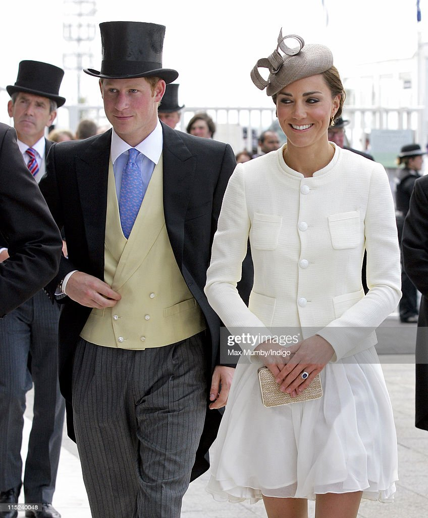 Investec Derby Day At The Investec Derby Festival : News Photo