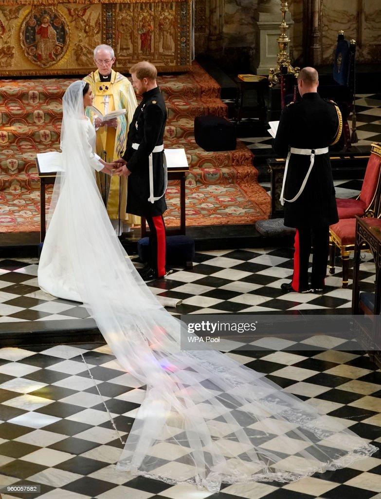 Prince Harry Marries Ms. Meghan Markle - Windsor Castle : Fotografía de noticias