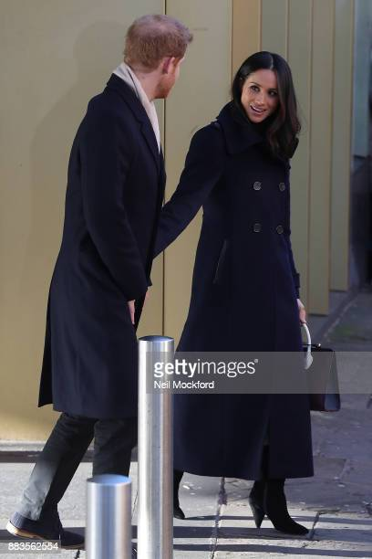 Prince Harry and Meghan Markle visit Nottingham Contemporary on December 1 2017 in Nottingham England Prince Harry and Meghan Markle announced their...