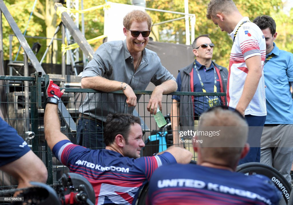 Prince Harry attends the Cycling on day 5 of the Invictus Games Toronto 2017 in High Park on September 27, 2017 in Toronto, Canada. The Games use the power of sport to inspire recovery, support rehabilitation and generate a wider understanding and respect for the Armed Forces.