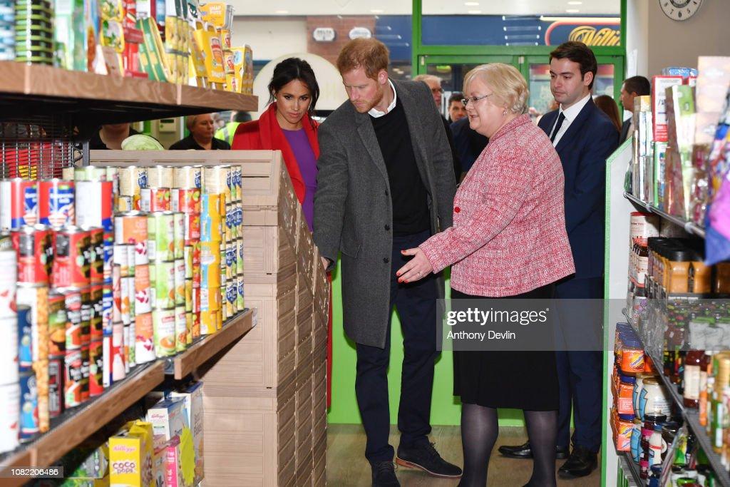 The Duke And Duchess Of Sussex Visit Birkenhead : News Photo