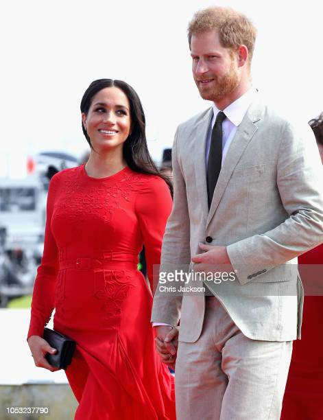 Prince Harry, Duke of Sussex and Meghan, Duchess of Sussex arrive Fua'amotu Airport on October 25, 2018 in Nuku'alofa, Tonga. The Duke and Duchess of...