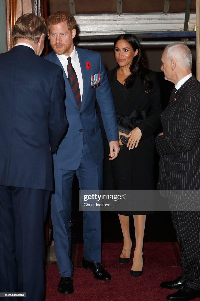 The Royal Family Attend The Festival Of Remembrance : Foto jornalística