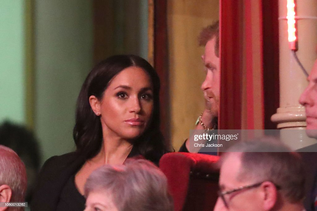 CASA REAL BRITÁNICA - Página 79 Prince-harry-duke-of-sussex-and-meghan-duchess-of-sussex-attend-the-picture-id1060013262