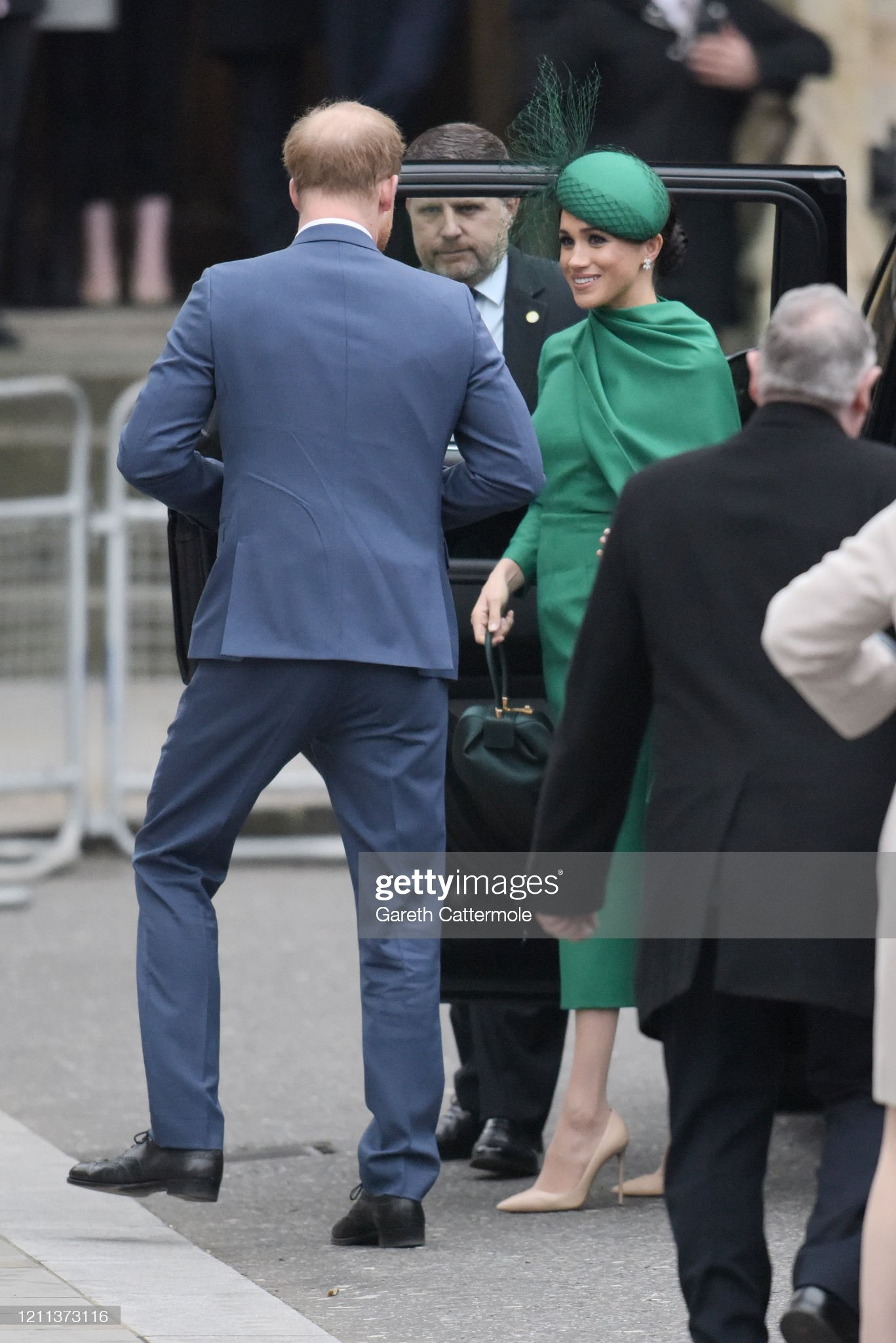 https://media.gettyimages.com/photos/prince-harry-duke-of-sussex-and-meghan-duchess-of-sussex-attend-the-picture-id1211373116?s=2048x2048