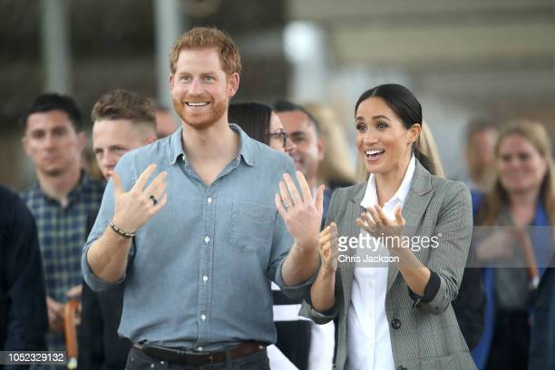 Prince Harry Duke of Sussex and Meghan Duchess of Sussex visit students from Dubbo College Senior Campus on October 17 2018 in Dubbo Australia The...