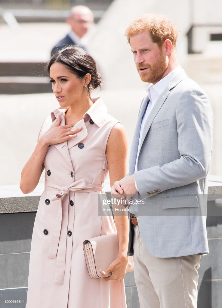 The Duke & Duchess of Sussex Visit The Nelson Mandela Centenary Exhibition : News Photo