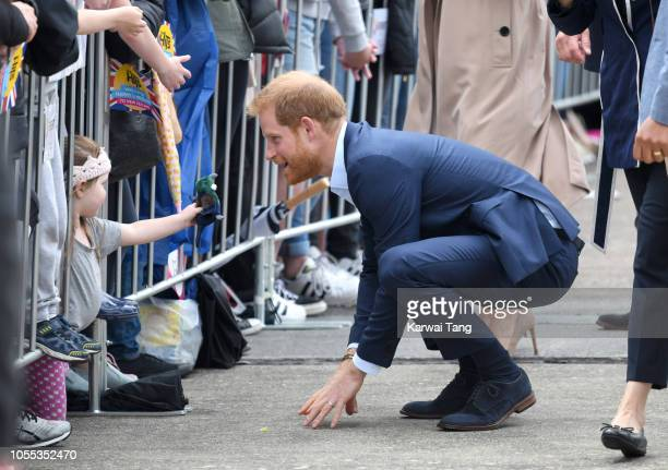 Prince Harry Duke of Sussex meets the public on a walkabout in Viaduct Harbour on October 30 2018 in Auckland New Zealand The Duke and Duchess of...
