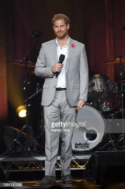 Prince Harry Duke of Sussex speaks during the Invictus Games Closing Ceremony at Qudos Bank Arena on October 27 2018 in Sydney Australia The Duke and...