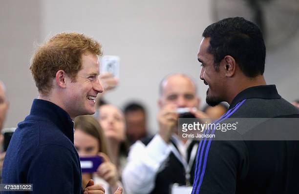 Prince Harry meets All Black Roigby Player Jerome Kaino at the Auckland Spinal Rehabilitation Centre on May 15 2015 in Auckland New Zealand Prince...