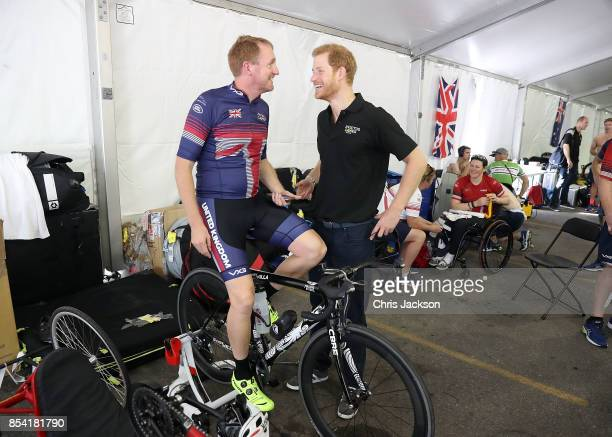 Prince Harry meets Cyclist Jamie Weller of Great Britain at the Cycling Time Trial during the Invictus Games 2017 at High Park on September 26 2017...
