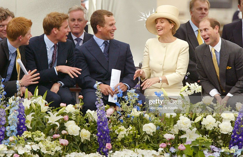 Royals at Golden Jubilee Parade : News Photo