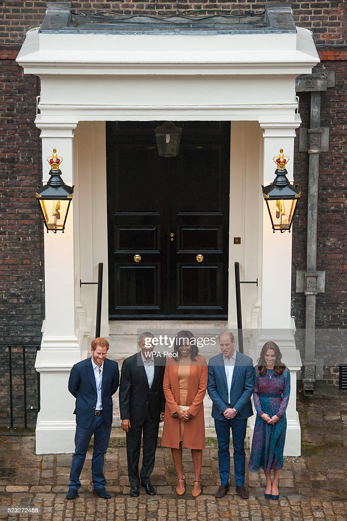Prince Harry, US President Barack Obama, First Lady Michelle Obama, Prince William, Duke of Cambridge and Catherine, Duchess of Cambridge pose as they attend a dinner at Kensington Palace on April 22, 2016 in London, England. The President and his wife are currently on a brief visit to the UK where they attended lunch with HM Queen Elizabeth II at Windsor Castle and later will have dinner with Prince William and his wife Catherine, Duchess of Cambridge at Kensington Palace. Mr Obama visited 10 Downing Street this afternoon and held a joint press conference with British Prime Minister David Cameron where he stated his case for the UK to remain inside the European Union.