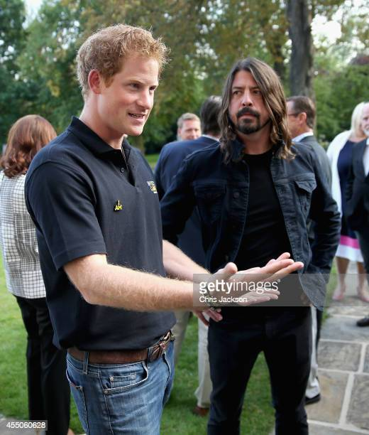 Foo Fighters Stock Photos And Pictures