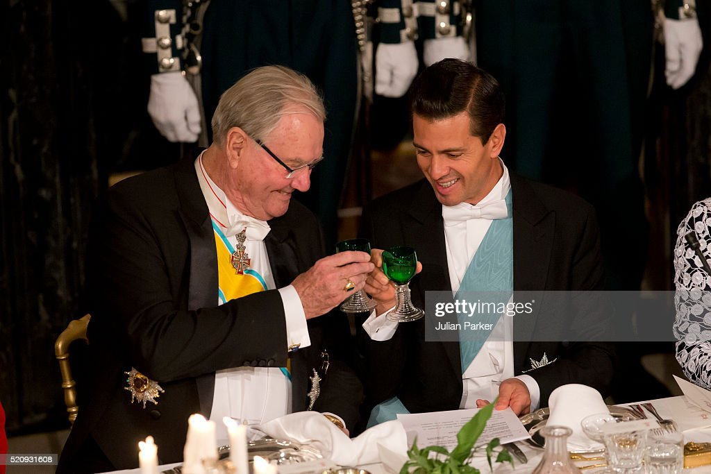 Prince Henrik of Denmark and President Enrique Pena Nieto attend a State Banquet at Fredensborg Palace on the first day of a State visit of the President of The United Mexican States, President Enrique Pena Nieto, and his wife Angelica Rivera to Denmark on April 13, 2016 in Fredensborg, Denmark.