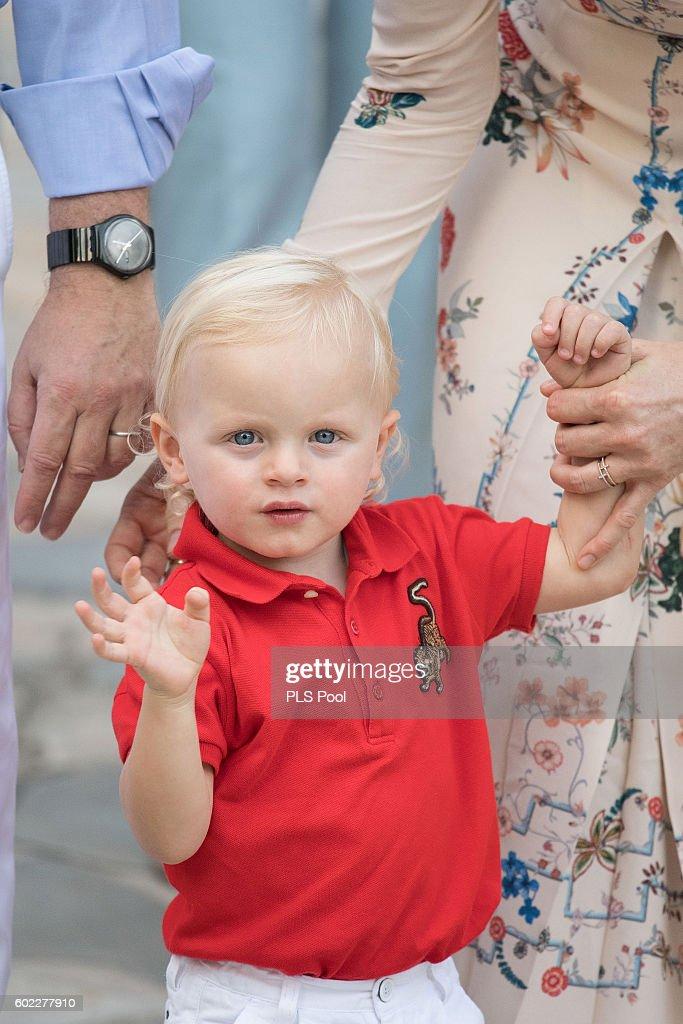 Prince Albert II And Princess Charlene Of Monaco Attend Traditional'Pique Nique Monegasque' : News Photo
