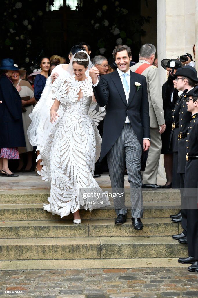 Wedding Of Prince Jean-Christophe Napoleon And Olympia Von Arco-Zinneberg At Les Invalides : Nieuwsfoto's