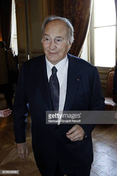 Prince Karim Aga Khan attends the ceremony for John Kerry being decorated 'Grand Officier de la Legion d'Honneur' at Quai d'Orsay on December 10 2016...