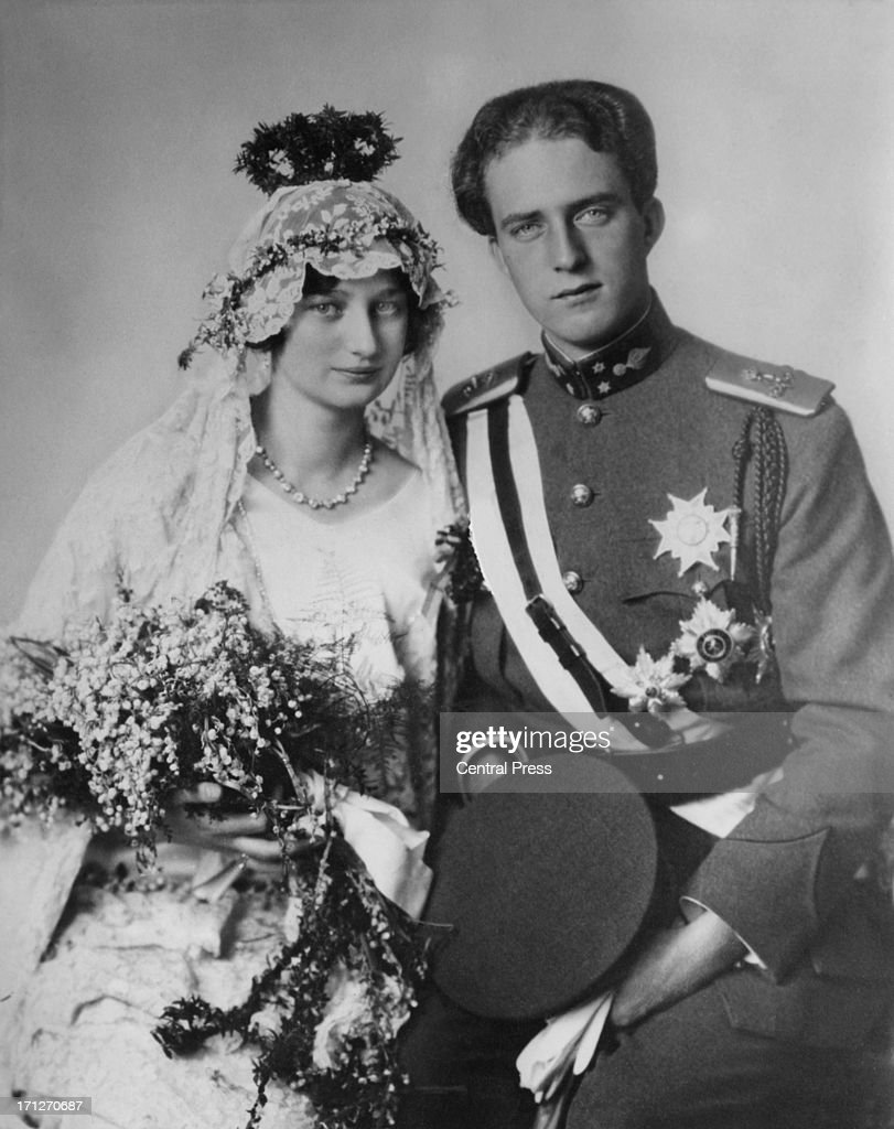 Prince Leopold of Belgium (1901 - 1983) and Princess Astrid of Sweden (1905 - 1935) on their wedding day, 4th November 1926.