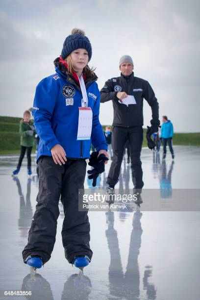 Prince Maurits and his daughter Felicia of The Netherlands at the Hollandse 100 ice skating and cycling fund raising event at Flevonice on March 5...