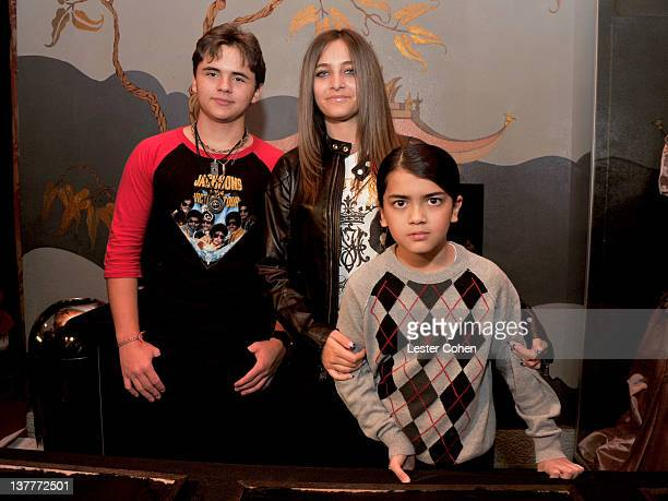 COVERAGE*** Prince Michael Jackson Paris Jackson and Blanket Jackson attend the immortalization of Michael Jackson at Grauman's Chinese Theatre Hand...