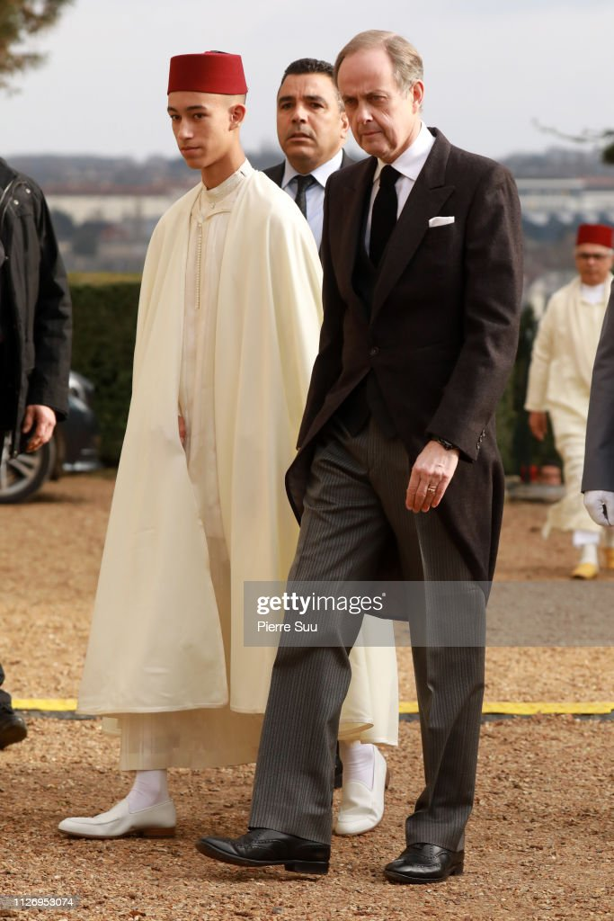 https://media.gettyimages.com/photos/prince-moulay-el-hassan-of-morocco-and-prince-jean-dorleans-duke-of-picture-id1126953074