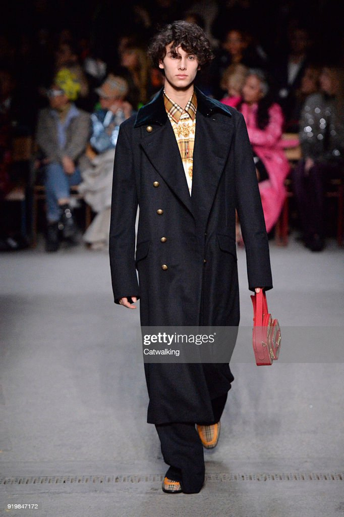 Burberry Prorsum - Runway RTW - Fall 2018 - London Fashion Week