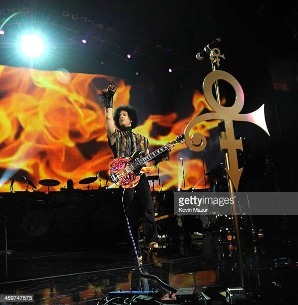 Prince performs at Mohegan Sun Arena on December 29 2013 in Uncasville Connecticut