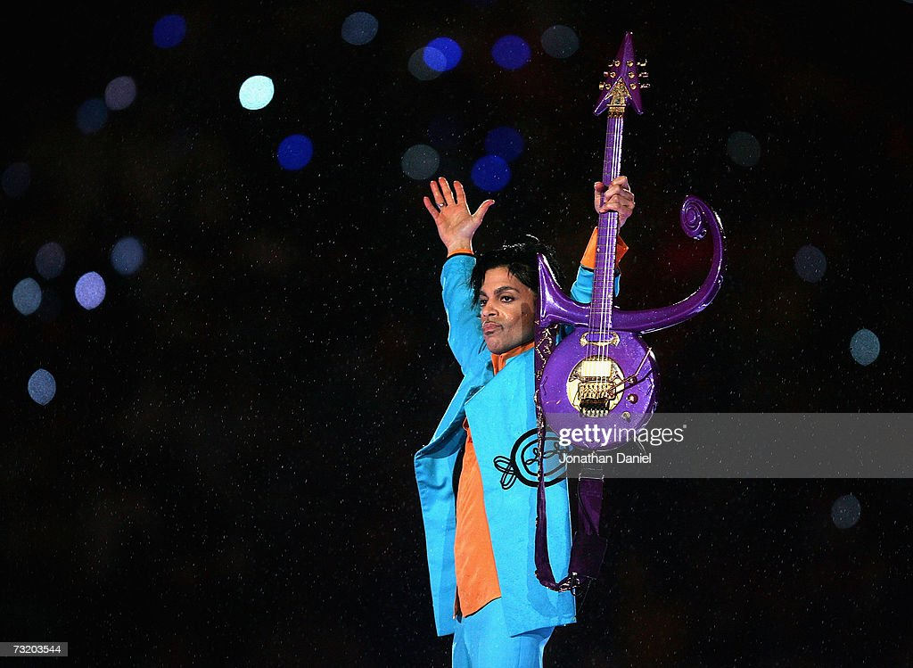 Super Bowl XLI: Pepsi Halftime Show : News Photo