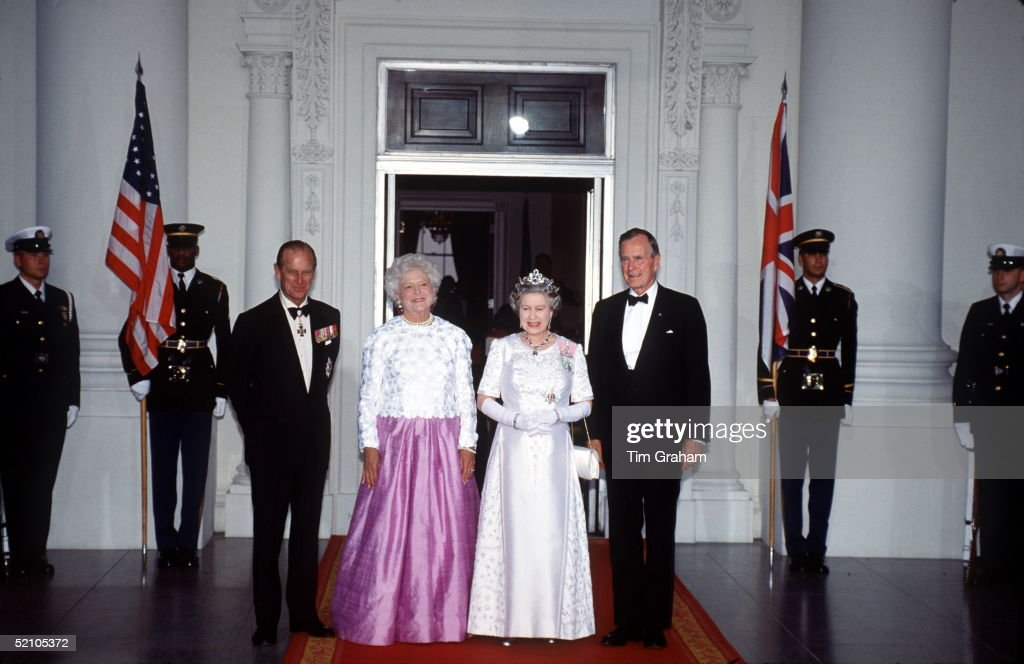 Philip - George Bush - Queen : News Photo