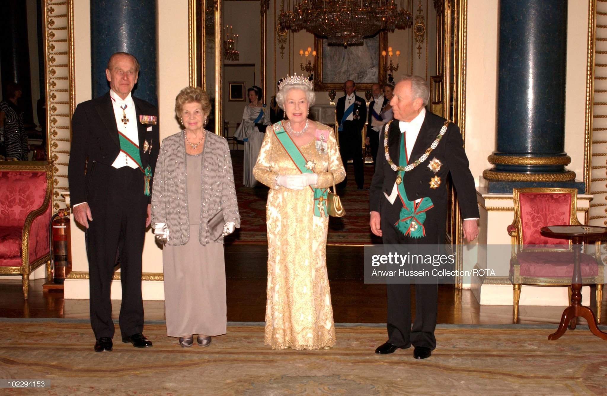 HRH Queen Elizabeth II Welcomes Italian President With A State Banquet : News Photo