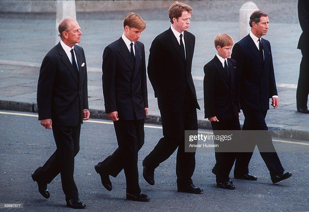 Princess Diana Funeral Procession : News Photo