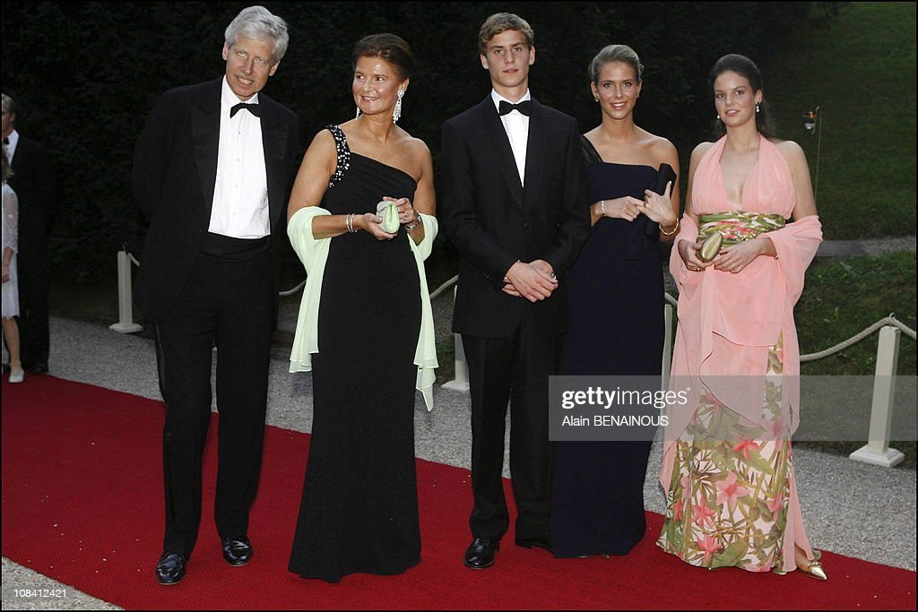 Arrival of royal guests for the Gala dinner and dance at Berg castle for Grand Ducal's silver anniversary in Luxembourg On July 01, 2006. : News Photo