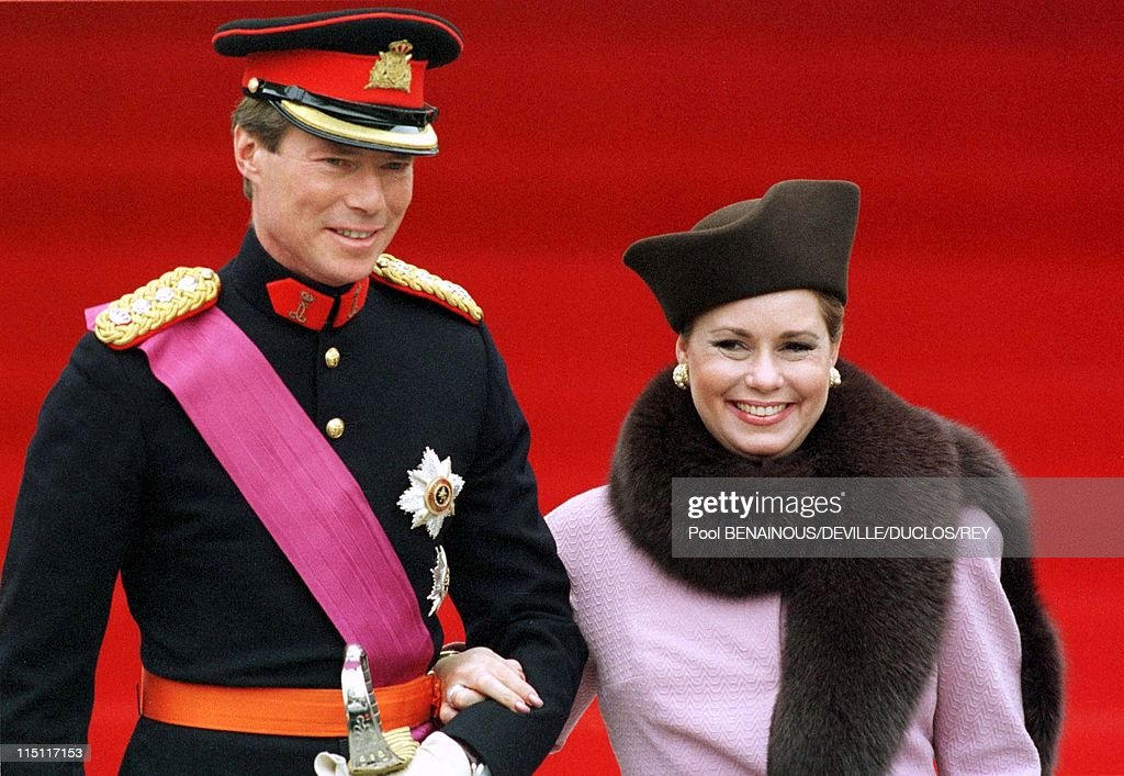 Prince Philippe of Belgium and Mathilde d'Udekem wedding in Brussels, Belgium on December 13, 1999 - Henri and Maria-Theresa of Luxembourg at the City Hall.