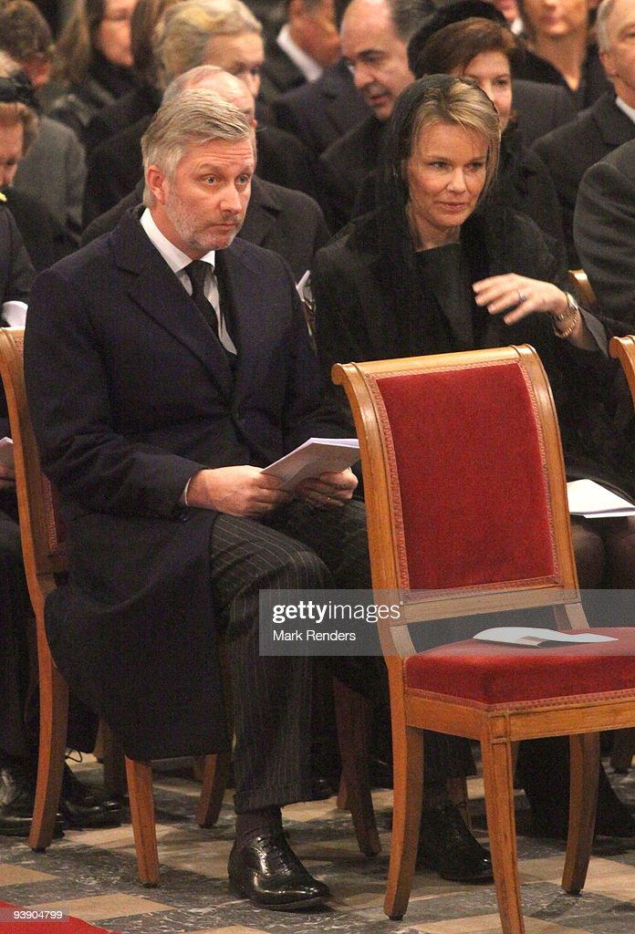 Prince Philippe of Belgium and Princess Mathilde of Belgium attend the funeral of Prince Alexandre of Belgium at Eglise Notre-Dame de Laeken on December 4, 2009 in Laeken, Belgium.