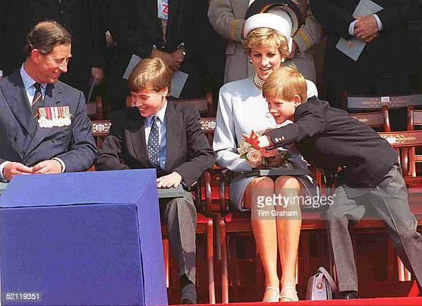 Prince Princess Of Wales With Prince William And Prince Harry At Hyde Park