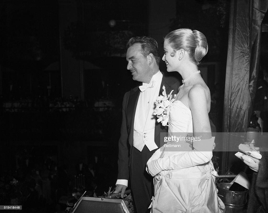 Prince Rainier III and Grace Kelly : ニュース写真