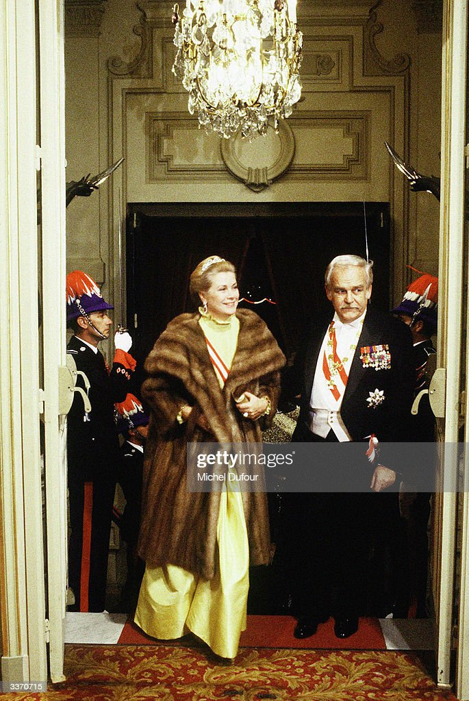Prince Rainier III of Monaco with Princess Grace Kelly arriving at the Opera on National Day on November 19, 1981 in Monte Carlo, Monaco.